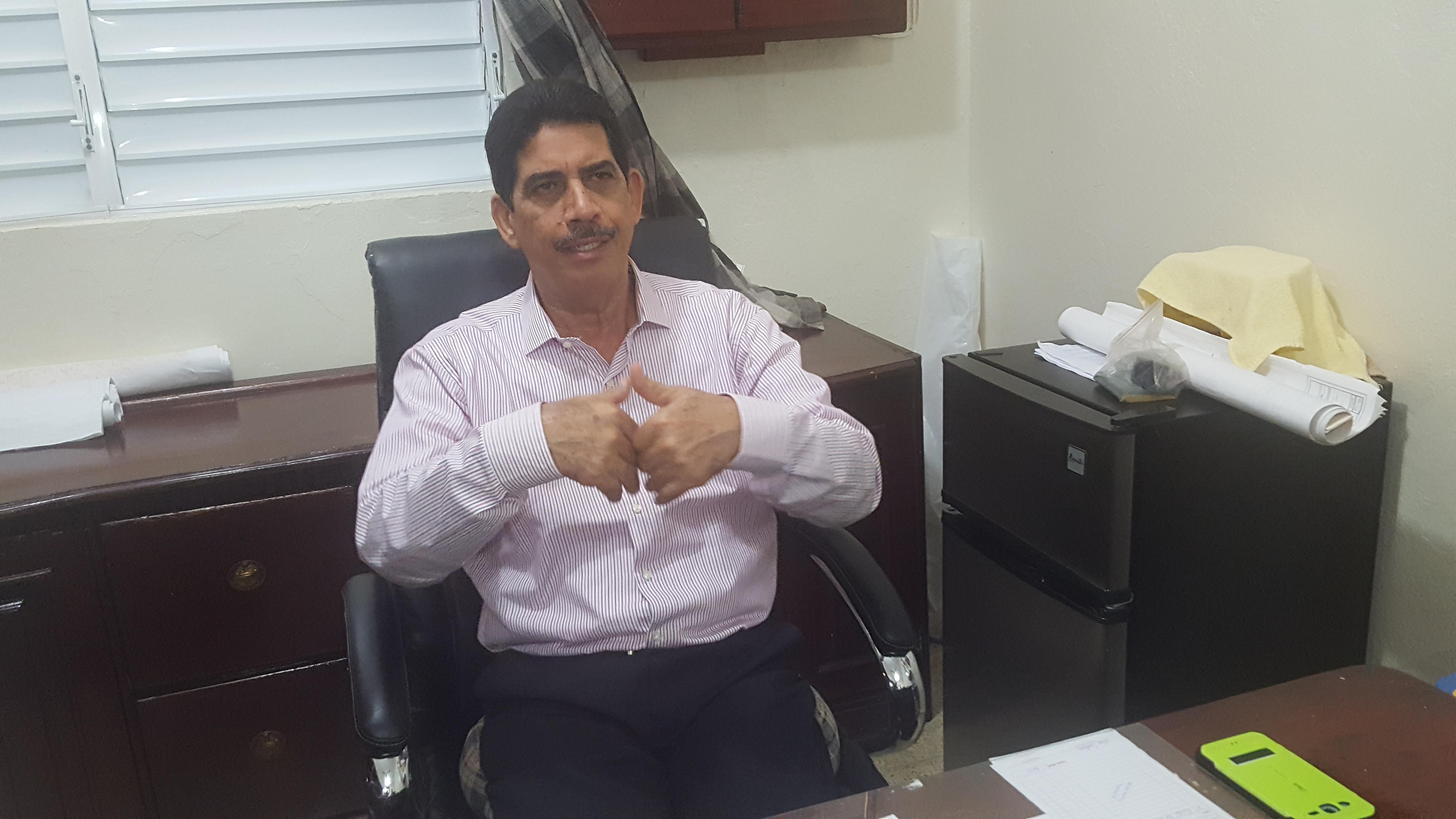 Alcalde Alberto Alonzo brindó declaraciones sobre plan de asfaltado