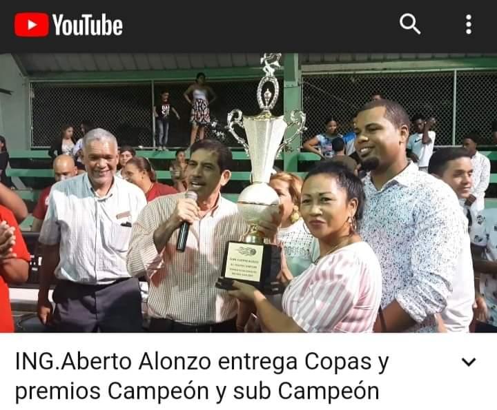 ING.ALBERTO ALONZO ENTREGA PREMIOS AL TERMINO DEL TORNEO DE BALONCESTO SUPERIOR RÍO SAN JUAN 2019.