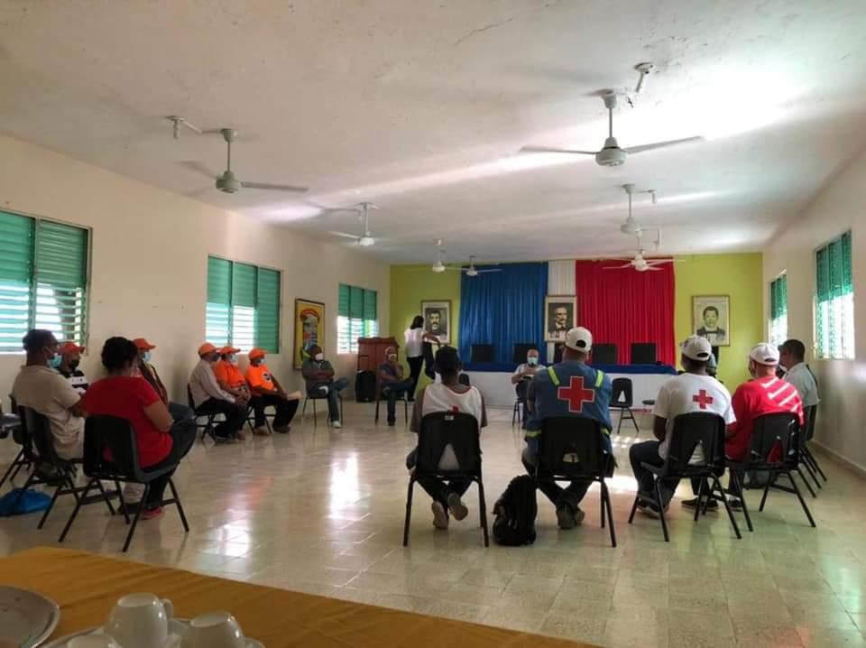 Alcalde Dr. Alan Checo sostuvo una importante reunión con los organismos que conforman el COE Municipa