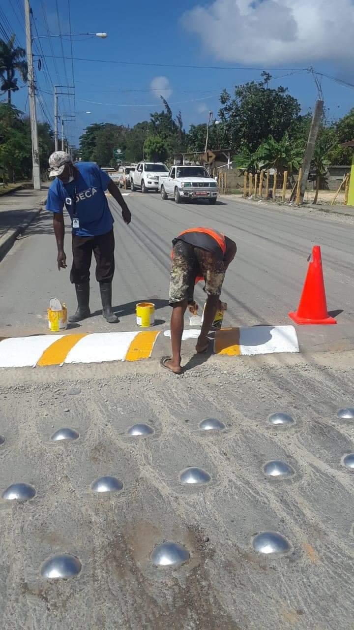 Alcaldía se encuentra trabajando en las señalizaciones de las calles y avenidas